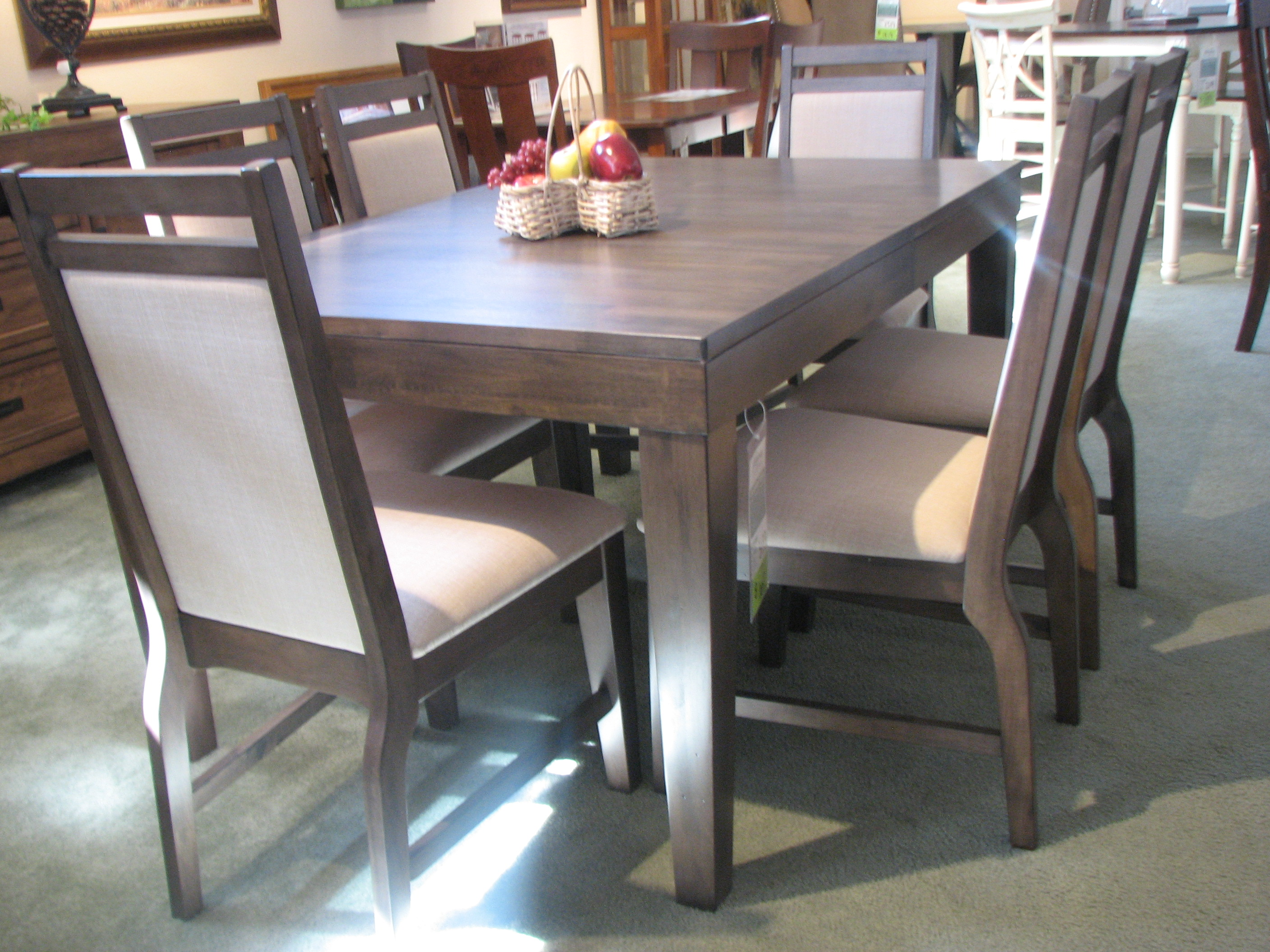 vandenberg furniture kalamazoo dining room furniture