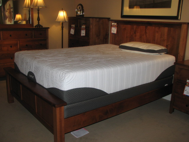 Kalamazoo mattress stores adjustable mattresses battle creek vandenberg furniture for Bedroom furniture kalamazoo mi