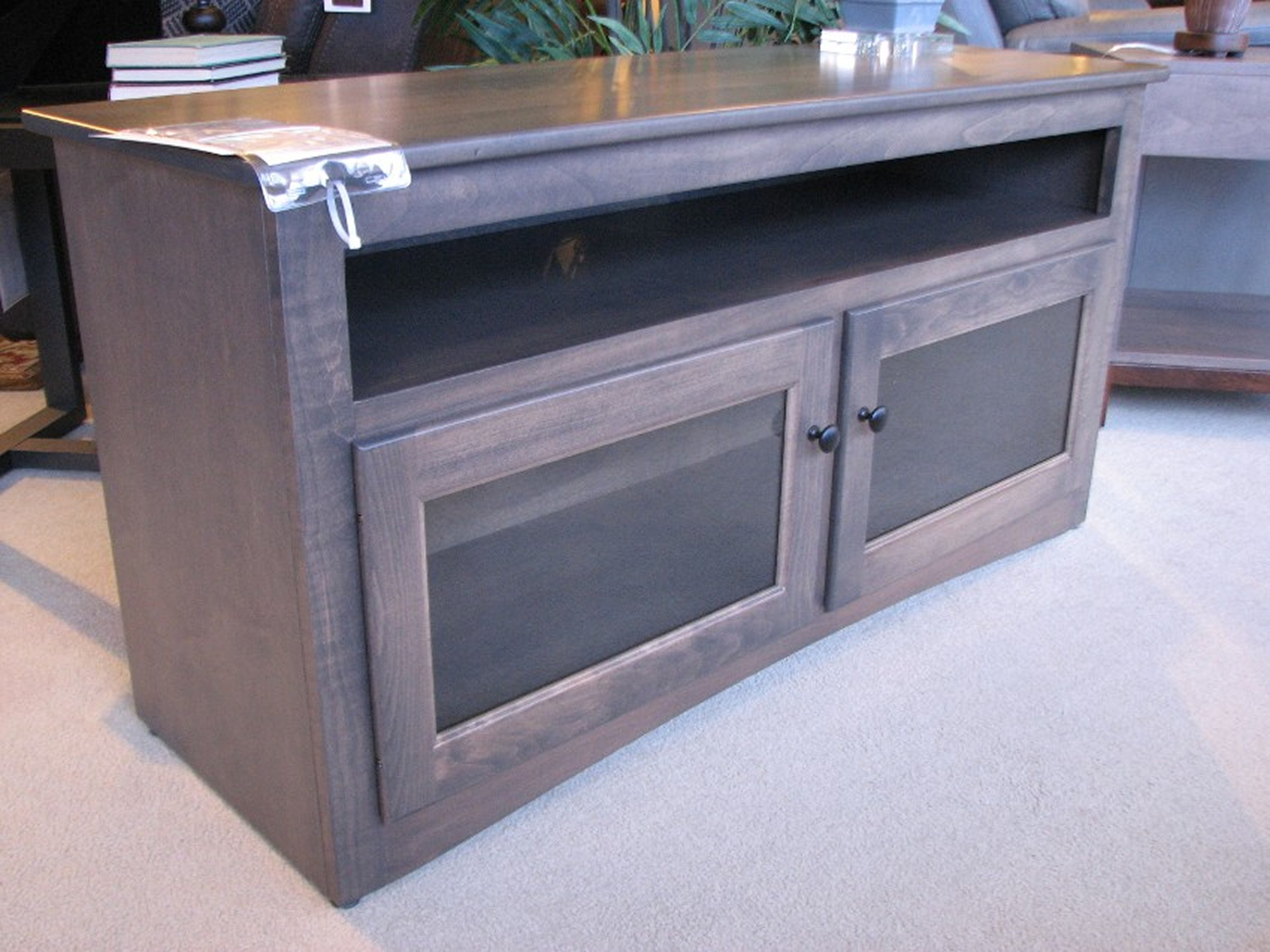 Amish - Ashery Maple Small Entertainment Stand
