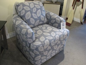 England Light Blue Leaf-Pattern Swivel Chair